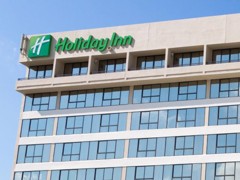 Holiday inn miami hotel camp basket on the road